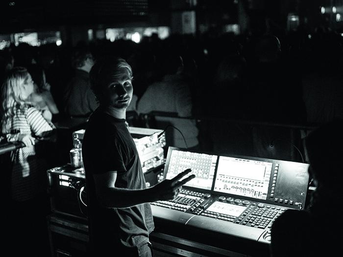 Jake Vernum Lighting Director For Penger Tpi