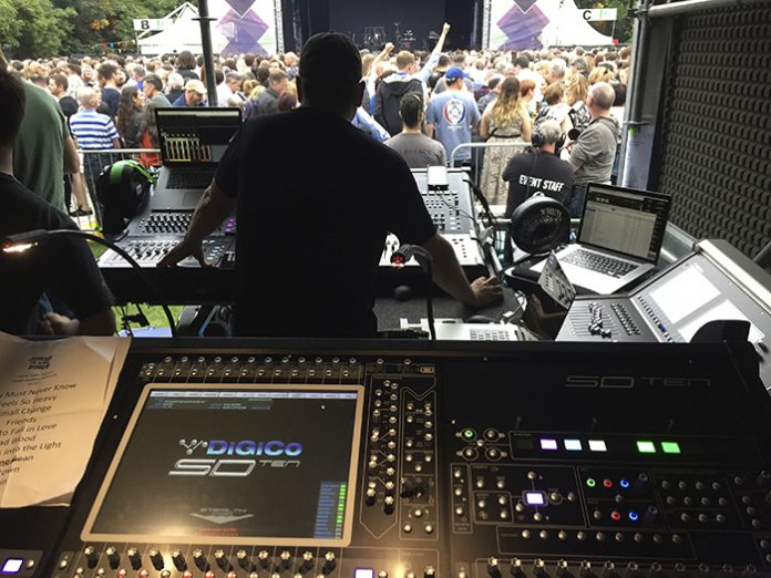 DiGiCo SD10 Supplied by Acoustik